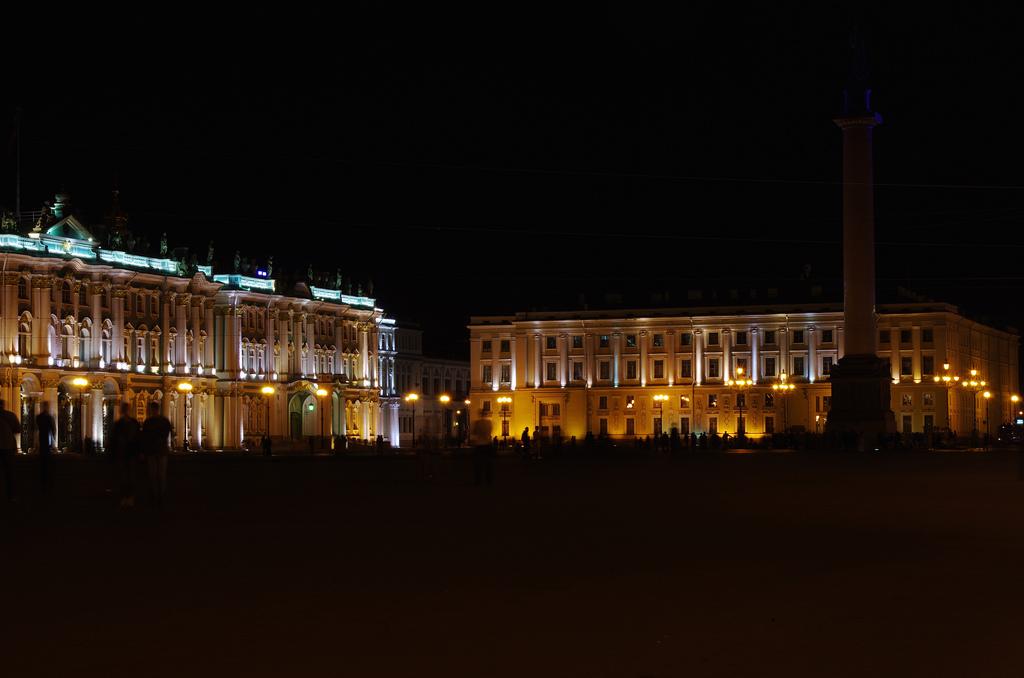 Дворцовая площадь,  Санкт-Петербург, Россия