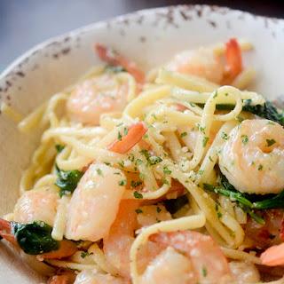 One Pot Lemon Garlic Shrimp Pasta Recipe
