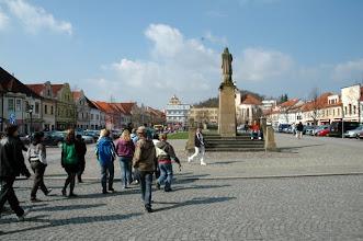 Photo: Pomníky na Husově náměstí
