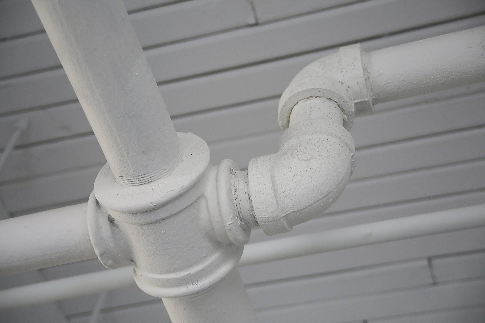 pipe-406906_1920.jpg