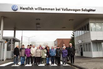 Photo: Besichtigung im VW-Motorenwerk Salzgitter