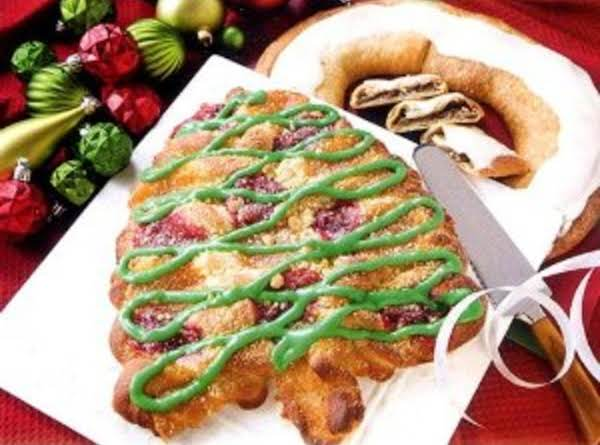 Twisted Christmas Tree Bread Recipe