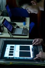 """Photo: Piotr Olejniczak, """"Multi-touch screen: nowy wymiar interakcji z komputerem"""""""