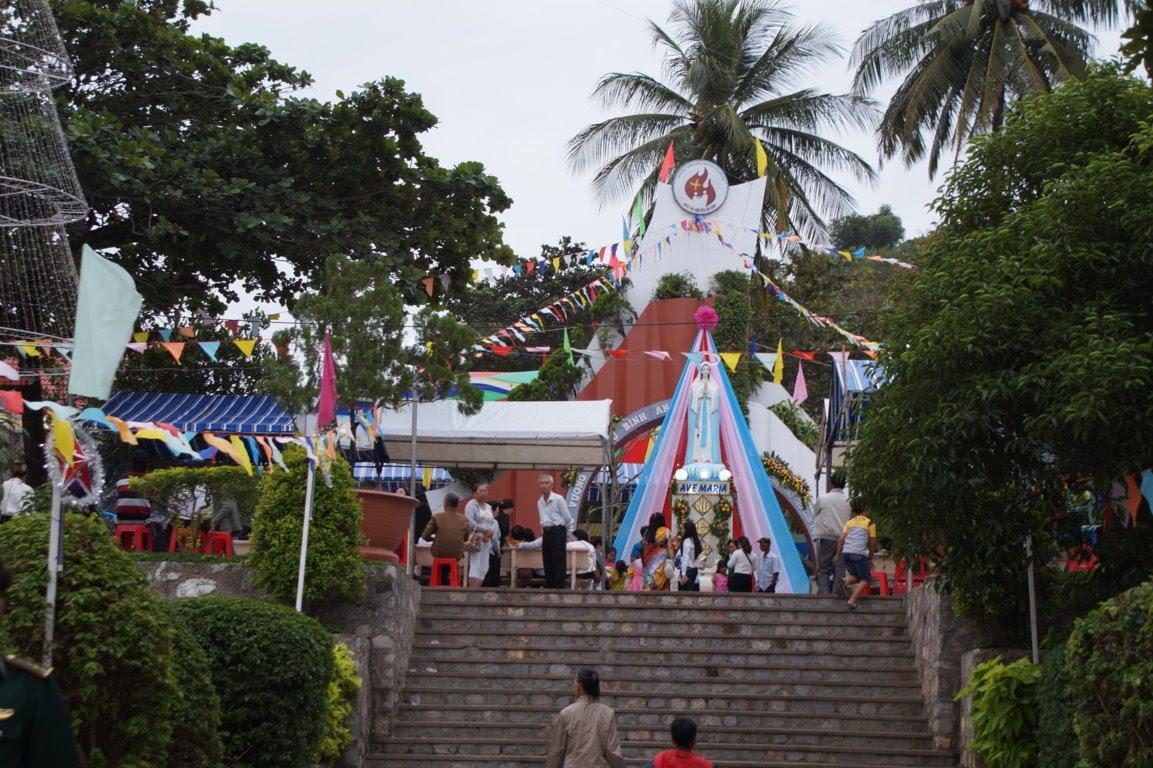 Ngày Hành Hương Mừng Bổn Mạng Giáo Phận Long Xuyên, tại GX Hòn Chông - Ảnh minh hoạ 5