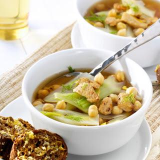 Kikkererwtensoep Met Kip, Venkel En Knoflook-citroenbrood