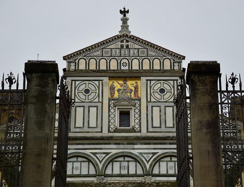 Simmetrie ecclesiastiche di Ciappo