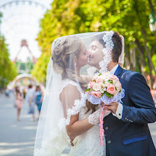 Wedding photographer Alena Suslova (AlSuslova). Photo of 14.08.2014