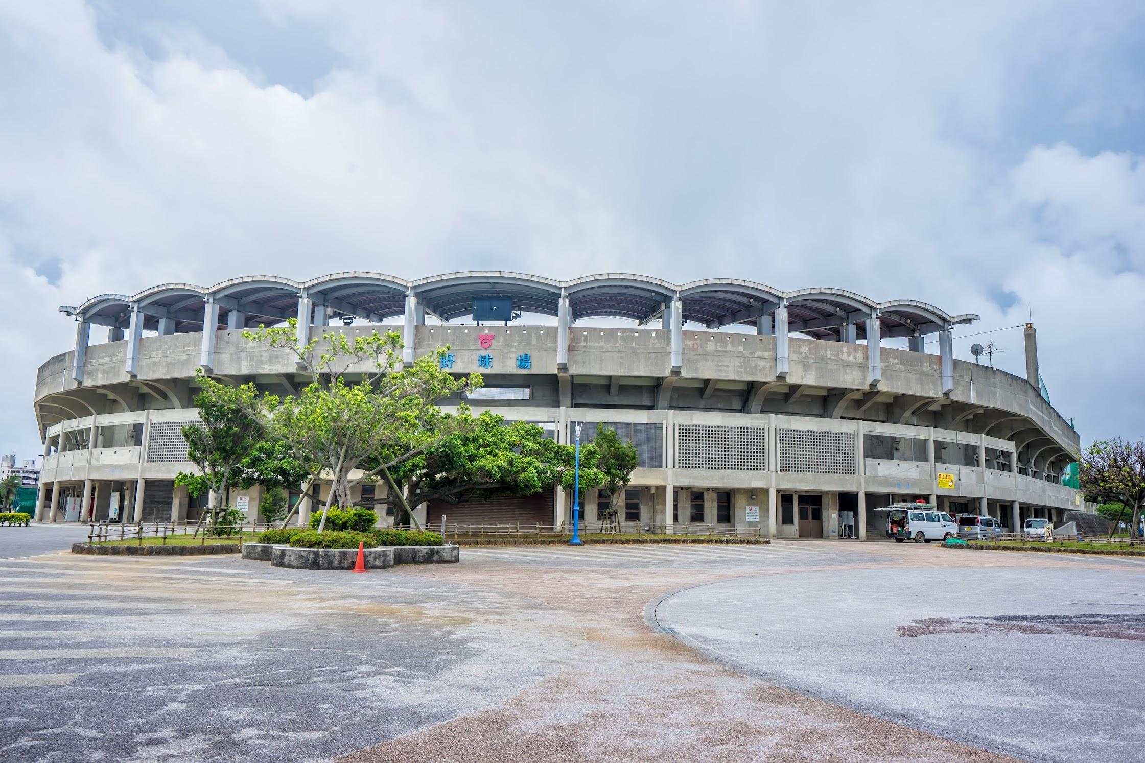 沖縄 北谷公園 野球場2