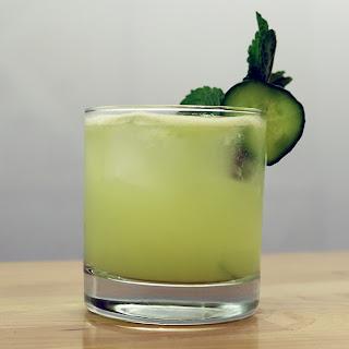 Mint Cucumber Prosecco Sparkler [RECIPE].