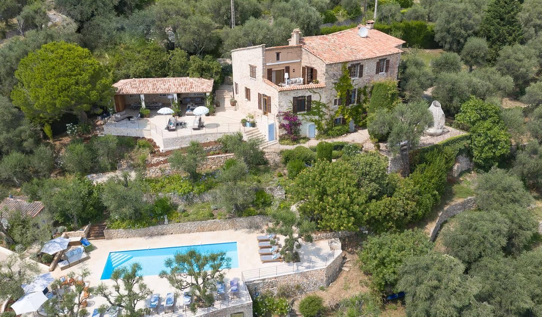 Villa avec piscine et jardin Spéracèdes