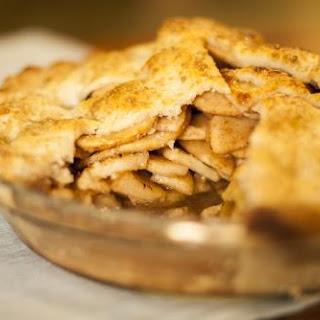 Honey Rose Apple Pie