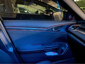 シビック FK7 ハッチバックのカスタム事例画像 車は好きだが知識が0さんの2020年01月26日19:11の投稿