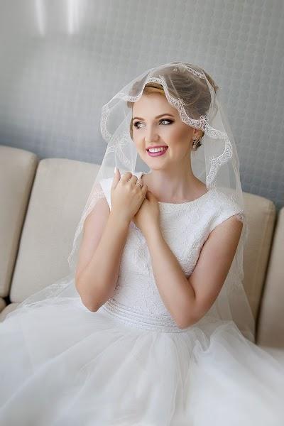 Wedding photographer Lyubov Pyatovskaya (Lubania89). Photo of 14.07.2016