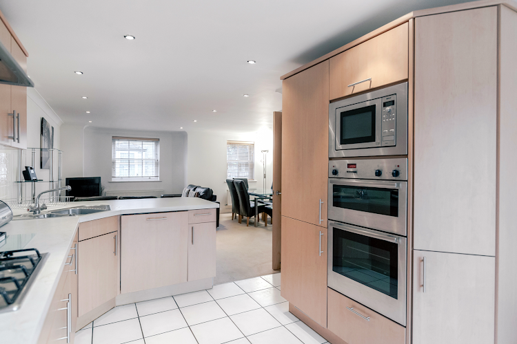 Fully equipped kitchen at Sandfield Court