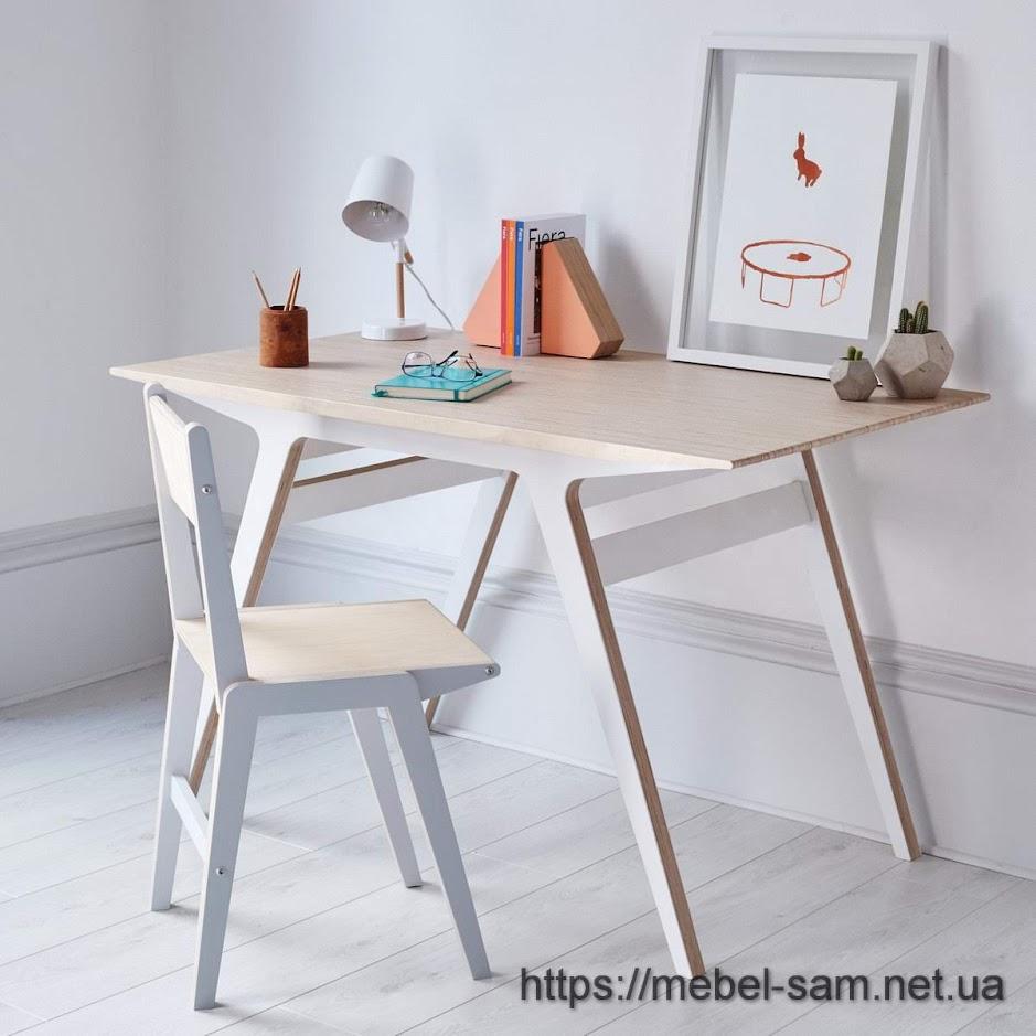 Стол из фанеры со сложной столешницей