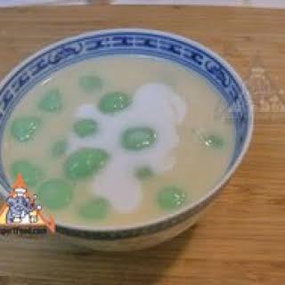 Thai Rice Balls in Warm Coconut Milk, 'Bua Loi'.