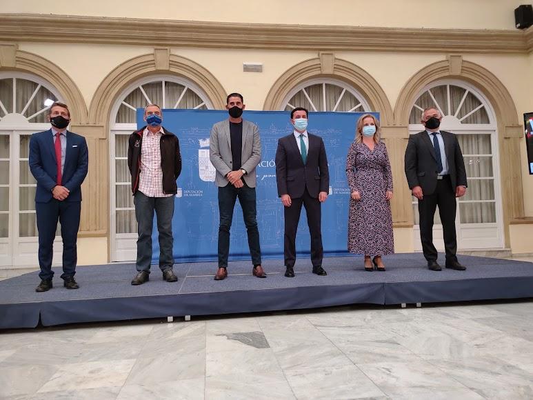 Presentación en la Diputación de la V Reunión de Medicina y Deporte.