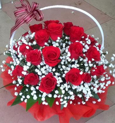 MrHoa luôn cung cấp dịch vụ đặt hoa online uy tín chất lượng