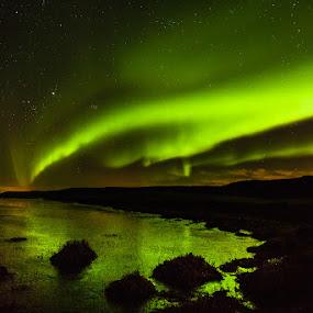 On a green starry night by Páll Jökull Pétursson - Landscapes Starscapes ( suðurland, iceland, árnessýsla, pwcstars, 2013, 17-40mm, aurora borealis, norðurljós, ísland, canon eos 5d mkii, nótt, longexposure )