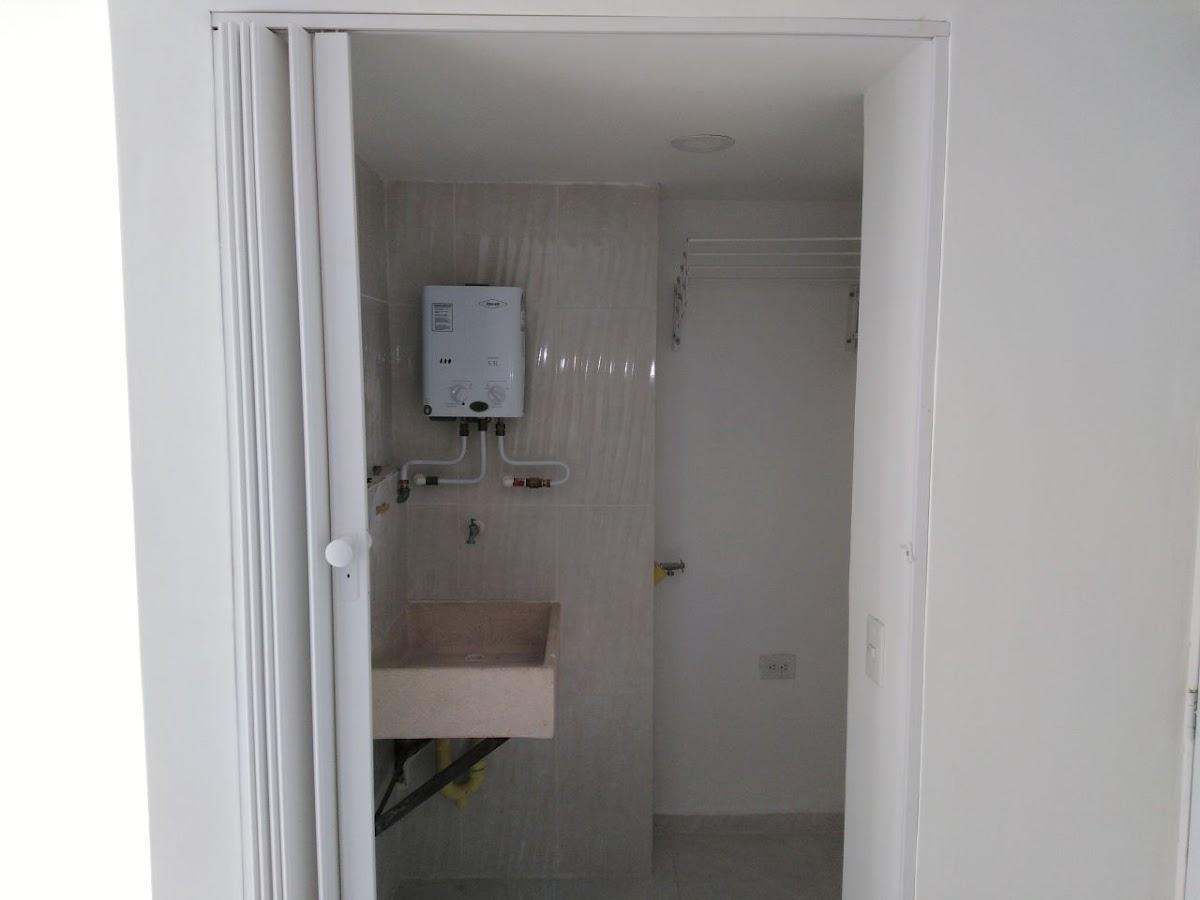 apartamento en arriendo maria auxiliadora 691-8769