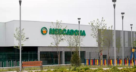 Mercadona dona casi 100 toneladas al Banco de Alimentos de Andalucía