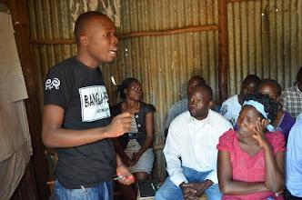 Photo: Alfred Sigo giving an into to Bangla-Pesa in Nairobi