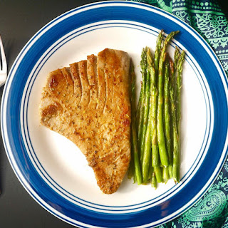 Grilled Lemon Tuna Steak and Asparagus (paleo, GF)