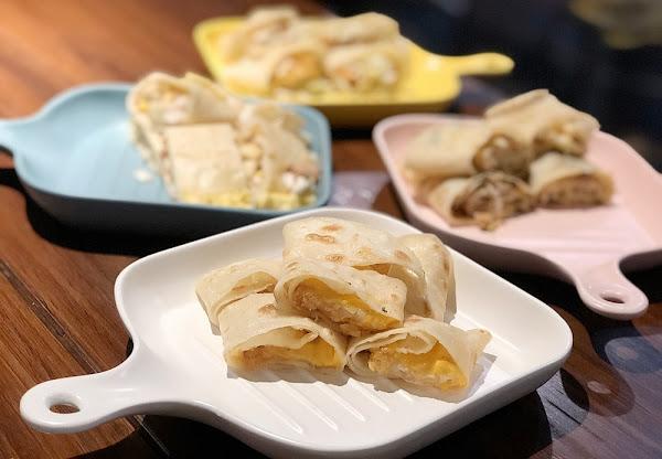 等咧粉圓又出新菜啦~1/18起超過10種口味的手工粉漿蛋餅只在五妃店獨家首賣!