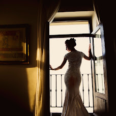Wedding photographer Theo Manusaride (theomanusaride). Photo of 11.01.2016