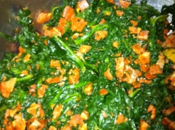 Combine spinach, cheese, chorizo (or salami) and 1/4 teaspoon salt in a bowl.