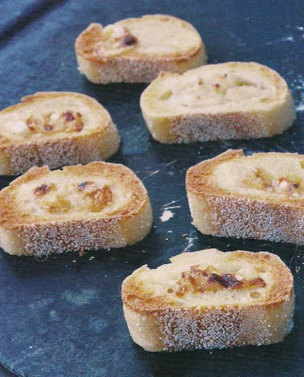 Pecorino And Honey On Crostini, Tnt Recipe