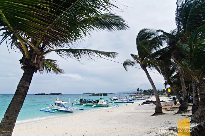 Boracay  Island Hopping Tour Tambisaan Beach