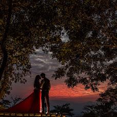Wedding photographer Nakharin Arunpattharawanit (kolinstudio). Photo of 29.12.2016
