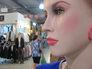 Photo: They had strange mannequins.