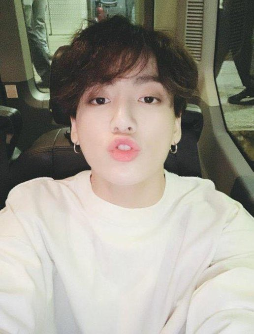 jungkookcarselfies_15
