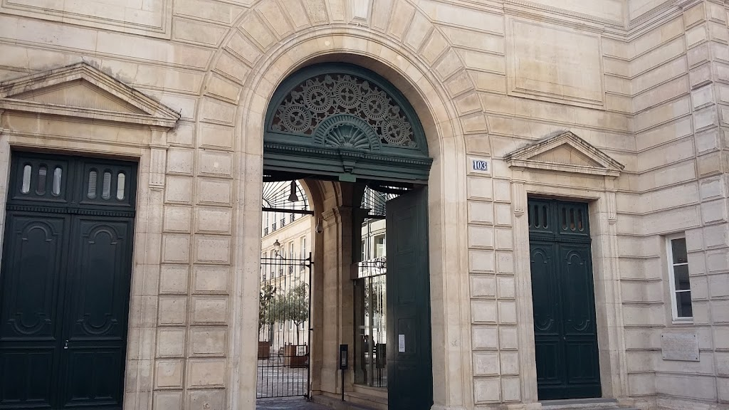 Agence immobili re 103 rue de grenelle paris 7 me for Agence appartement 103