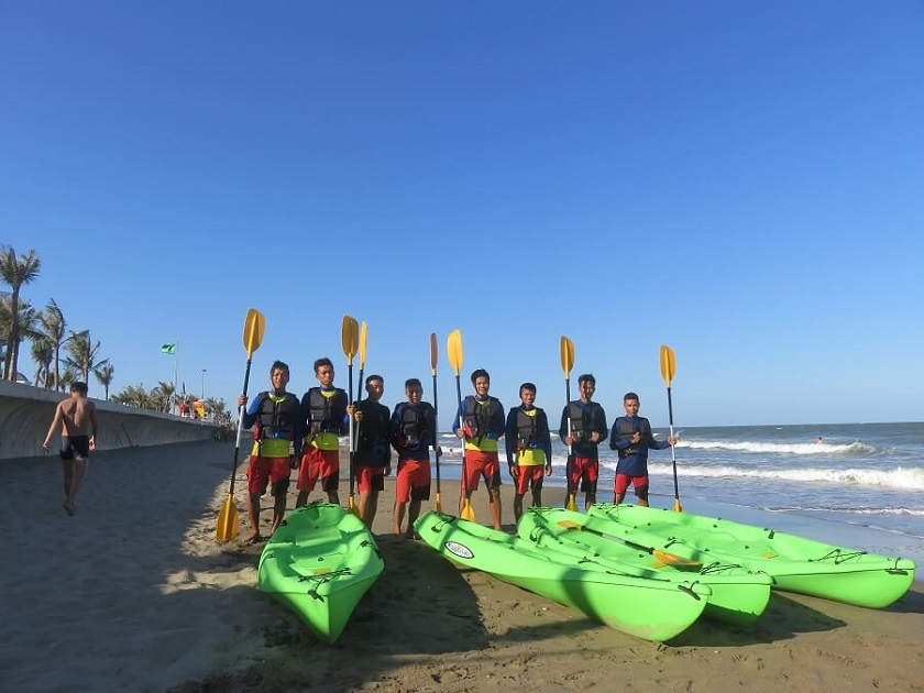 chèo thuyền kayak FLC Sầm Sơn