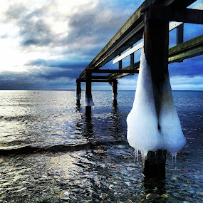 Towards the other side by Julija Moroza Broberg - Novices Only Landscapes ( water, winter, sunset, ice, pier, sea, frozen )