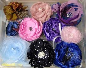 Photo: Цветы из ткани-цветоделие Ящичек с цветами