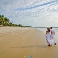 Wedding photographer Sergey Evseev (photoOM). Photo of 08.10.2014