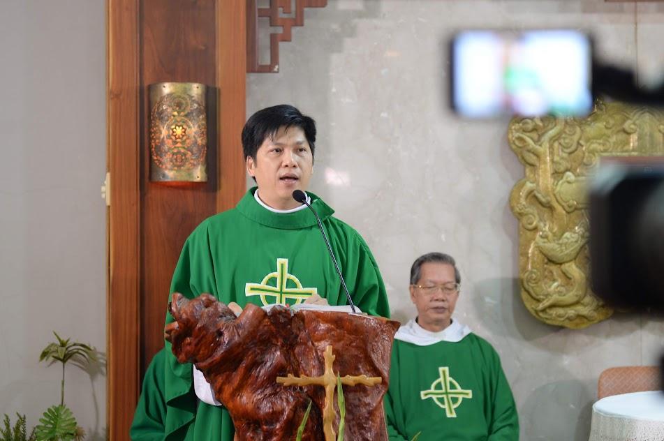 """Thánh Lễ tạ ơn kỷ niệm một năm """"Thánh lễ Online"""""""
