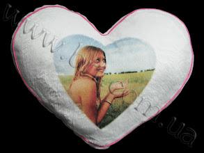 Photo: Подарок любимой девушке - меховая подушка в форме сердца с фотографией