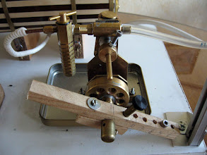 """Photo: Toute première tentative sur le premier moteur réalisé : le """"simplex"""" de Jacques."""