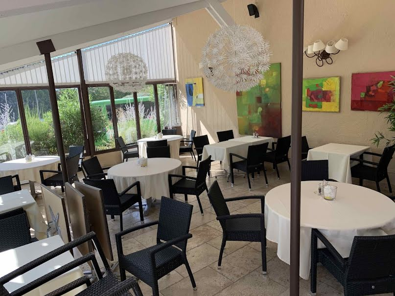 Vente locaux professionnels  200 m² à Manosque (04100), 75 000 €