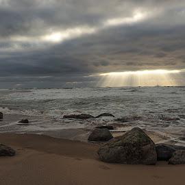 praia grande by Gjunior Photographer - Landscapes Cloud Formations ( clouds, nature, beach, landscape )