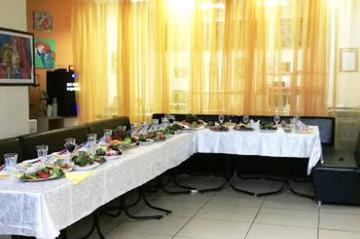 Фото №3 зала Столовая «Мама Люба»