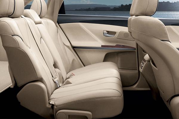 2015-Toyota-Venza-Seat