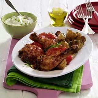 Glasierte Hähnchenkeulen mit Rosmarin-Kartoffeln