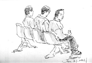 Photo: 待看病2011.01.31鋼筆 同是在座位上等待看病,監獄不同於在醫院的,是坐在座位上等同是在面壁…
