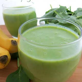 Healthy Green Detox Smoothie.